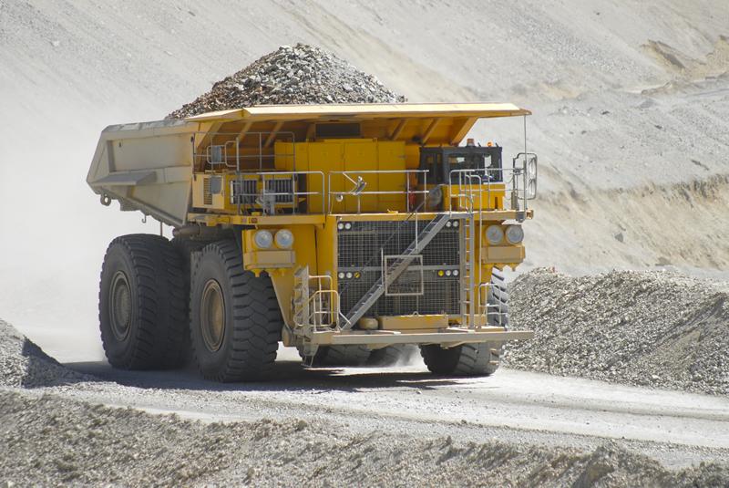 Control de accesos y localización de vehículos, bienes y activos en empresa minera